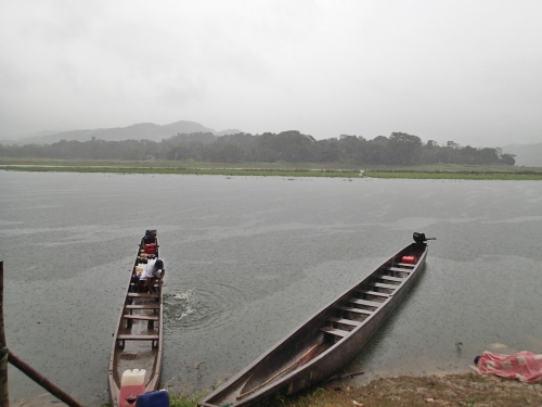 アラフエラ湖の船着き場