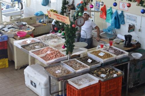 パナマの魚市場の売り場
