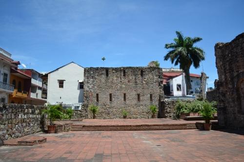 カスコビエホの教会遺跡
