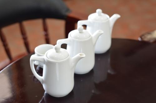 コーヒーの3種類の焙煎方法のテイスティング