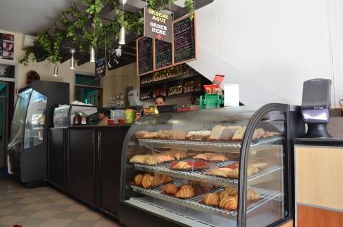 コーヒーショップの店内