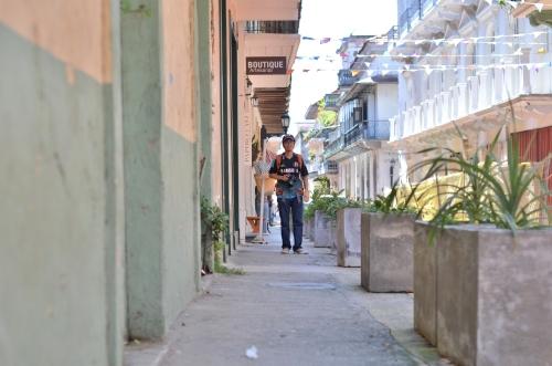 パナマのカスコアンティグオとカメラマン