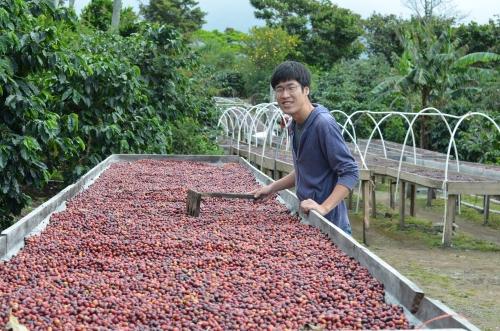パナマのコーヒー農園で記念撮影