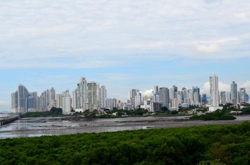 パナマ共和国の首都パナマシティ