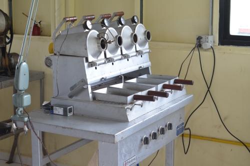 少量のコーヒー焙煎機械