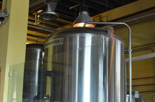 海外のクラフトビール工房の醸造設備