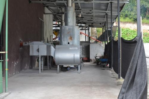 コーヒー豆の乾燥機械のカマド