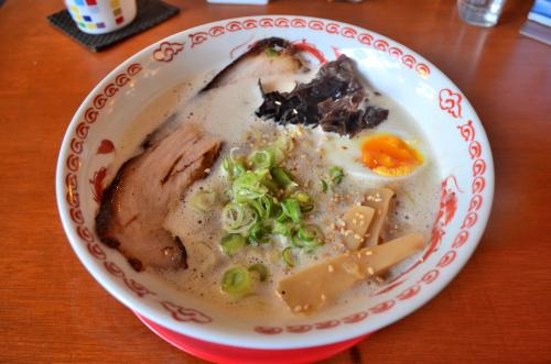 メキシコ・カンクンの火ろ屋の鶏白湯魚介ラーメン
