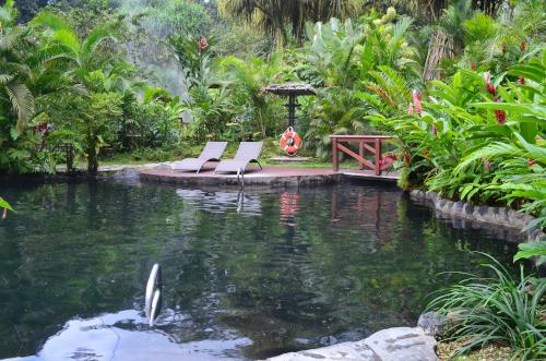 タバコン温泉のリラックスチェアー