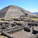 メキシコシティのテオティワカン遺跡へのバスでの行き方&世界遺産ピラミッドのおすすめ絶景撮影スポット