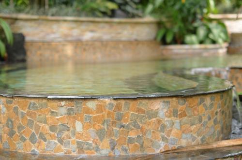 中南米のタバコン温泉のお湯