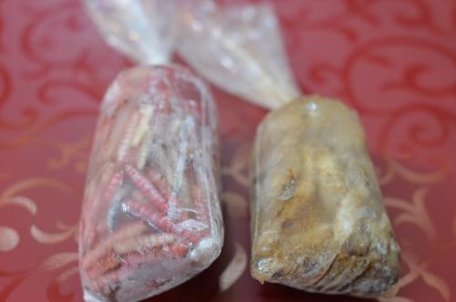 メキシコシティで食べられるイモムシ2種類