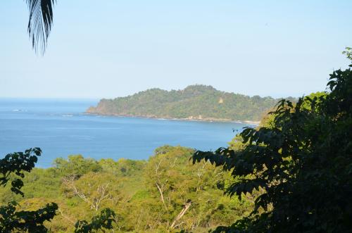 マヌエル・アントニオ国立公園の展望台からの眺め