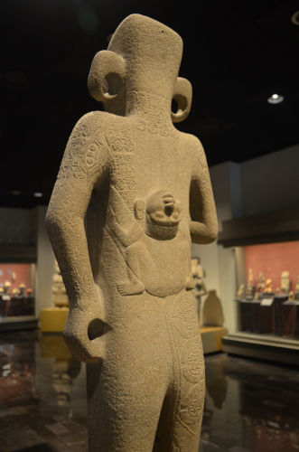メキシコ国立人類学博物館の展示物2