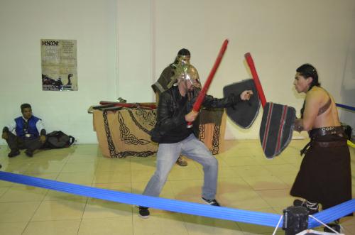 メキシコの剣士とのチャンバラ試合