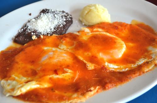 メキシコの朝食ウエボス・ランチェロス