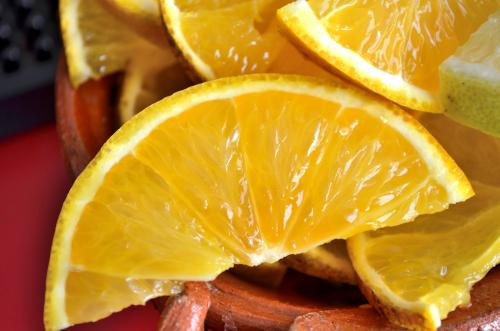 メスカルと一緒に楽しむオレンジ