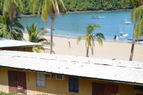 コイバ島の宿泊施設