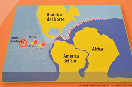 コイバ島とガラパゴス諸島