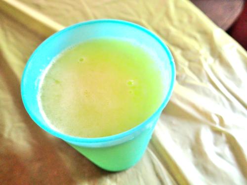 カシューナッツのジュース