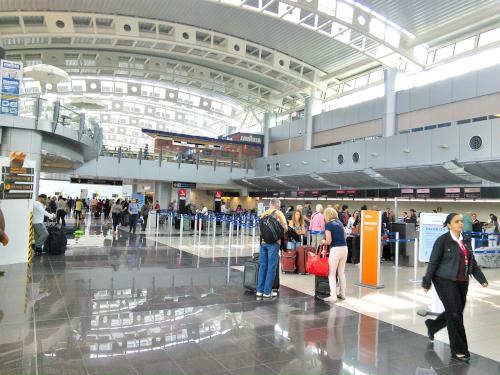 コスタリカ・サンホセの空港内