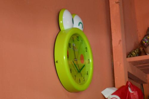 カエルの時計