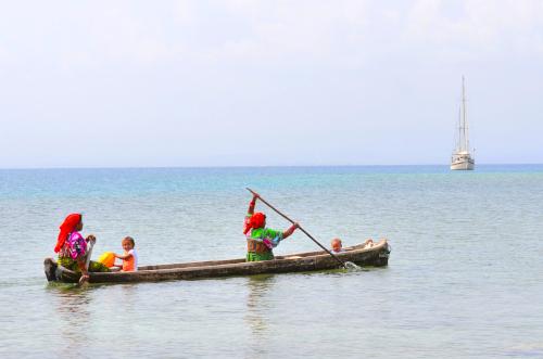 クナ族の船