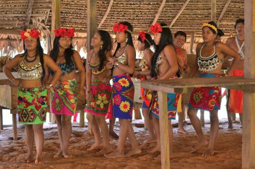 エンベラ族の女性