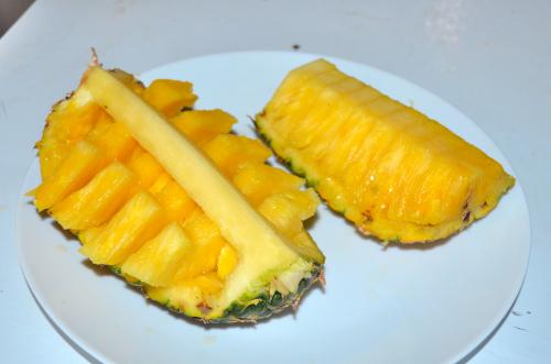 2種類のパイナップルの切り方