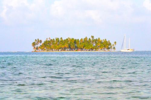カリブ海に浮かぶ島