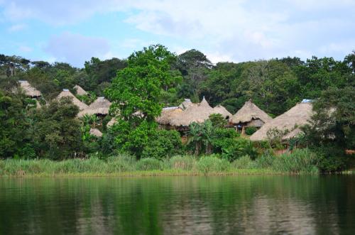 エンベラ族の集落