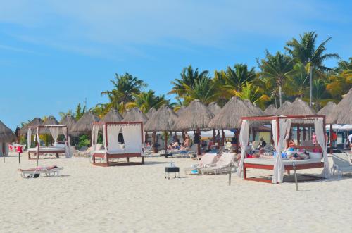イスラムヘーレス島の砂浜