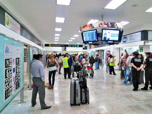 メキシコシティの空港