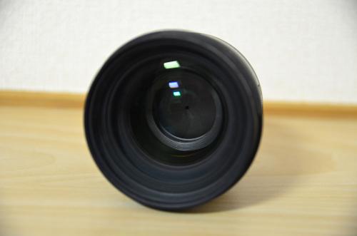SIGMA 単焦点標準レンズはレンズ面が大きい