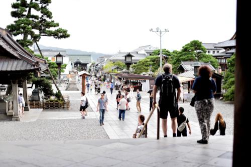 善光寺の観光客