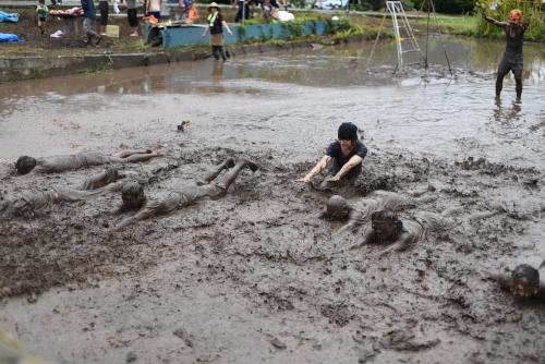 泥へダイブ