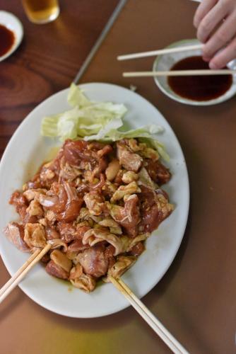 鮎川バーベキュウの鶏肉