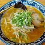 長野駅の味噌ラーメンみそ家はたっぷり野菜とプリプリ麺でランチにおすすめ