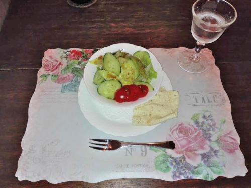 駒ヶ根市のアンシャンテのサラダ