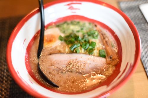 飯田市のラーメン麺屋杏樹がおすすめ!お洒落な無化学調味料豚骨らーめん