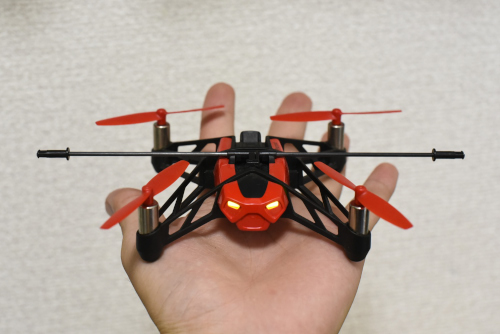 Parrot MiniDrone Rolling Spiderのサイズ
