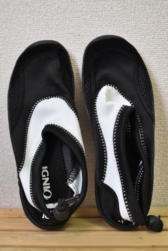 川歩き用の靴