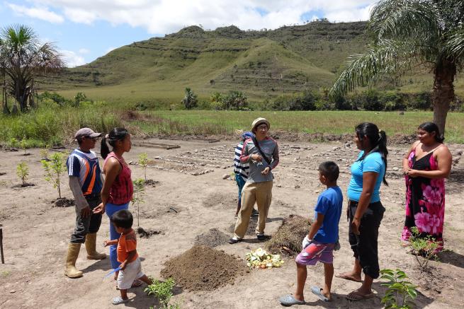 ベネズエラのペモン族へ農業指導