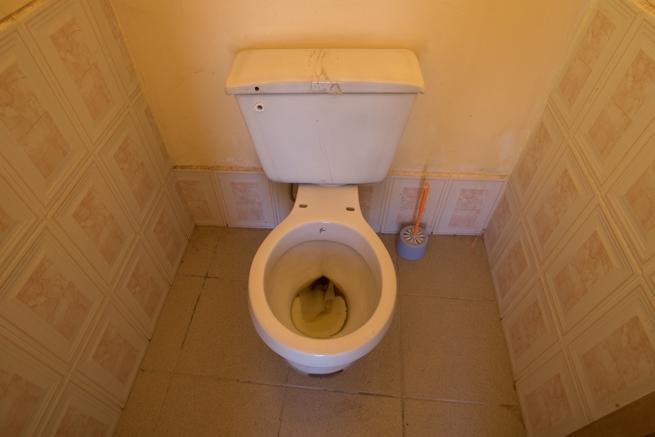 コルチャニ村のトイレ
