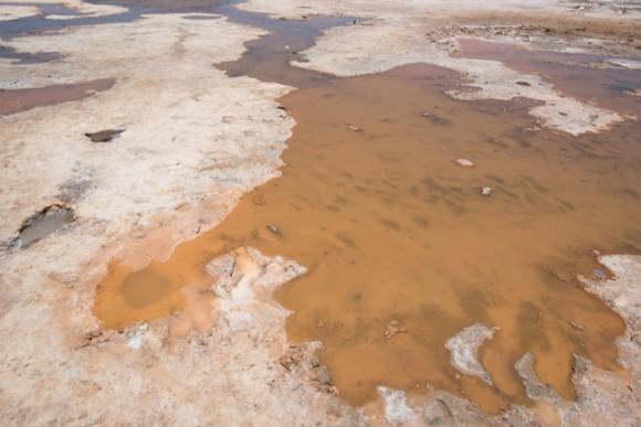 ウユニ塩湖の噴泉