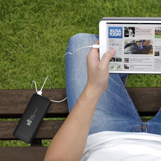 海外旅行におすすめの大容量モバイルバッテリー!スマホの充電切れがなく安心安全(小型軽量Ankerとの使い分け)