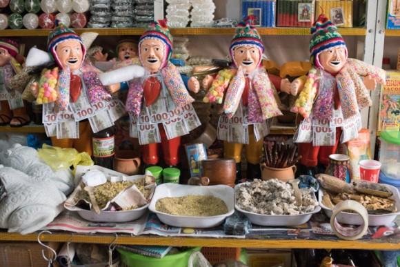 ボリビアの幸運人形