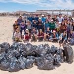 【ウユニ塩湖環境改善プロジェクト】大晦日にウユニ市で30名の日本人旅行者と「ゴミ拾いイベント」を開催しました