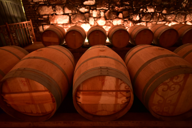 貯蔵されているワイン