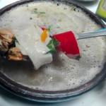 貝類がたくさんのスープ
